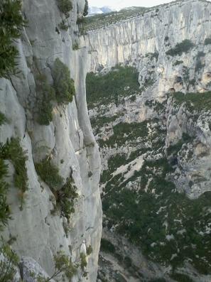 Le calcaire gris/bleu compact du Verdon, mon préféré...