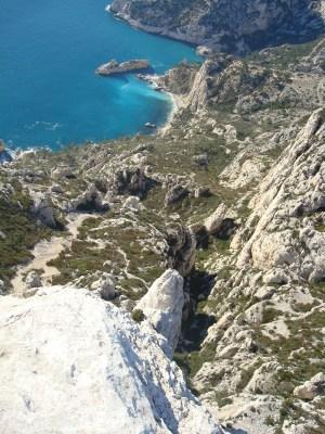 Vue plongeante sur l'arête de Marseille